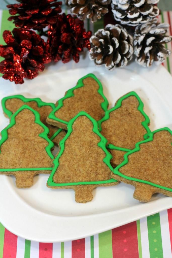 Holiday Dog Treats Recipe: Christmas Trees Hypoallergenic Dog Treats