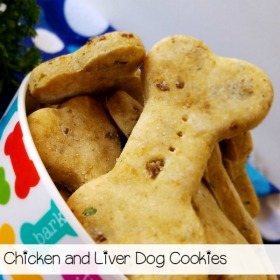 Treat your pup to these homemade chicken & liver dog cookies! Check out how easy this recipe is to make!