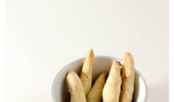 Easy & Tasty Vegetarian Dog Treats Recipe