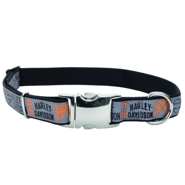 Your dog will be ready to rev with this Harley Davidson collar!