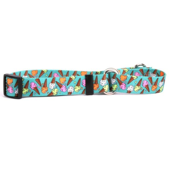 Get ready for summer with this ice cream collar!