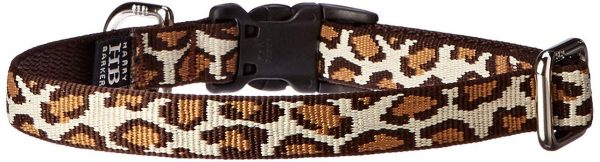 Take your dog into the wild with this collar!