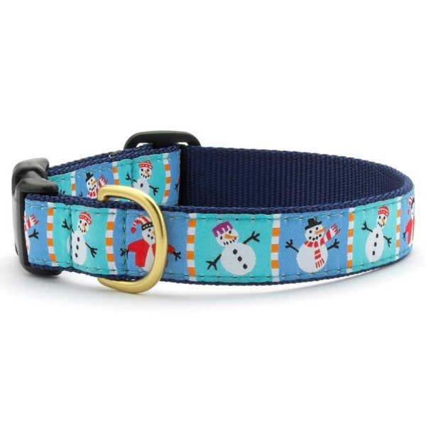Get your dog into the Christmas spirit with this snowman collar!